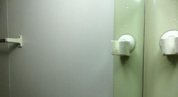 お風呂に入って一時間程度経った時の鏡